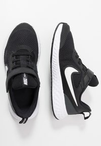 Nike Performance - REVOLUTION 5 - Neutral running shoes - black/white/anthracite - 0