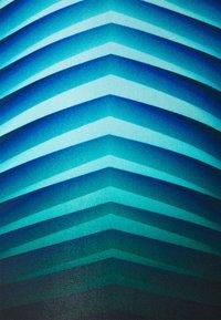 Speedo - PLACEMENT JAMMER AM - Swimming trunks - black/light adriatic - 2