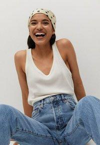 Mango - HAVANA - Straight leg jeans - middenblauw - 4