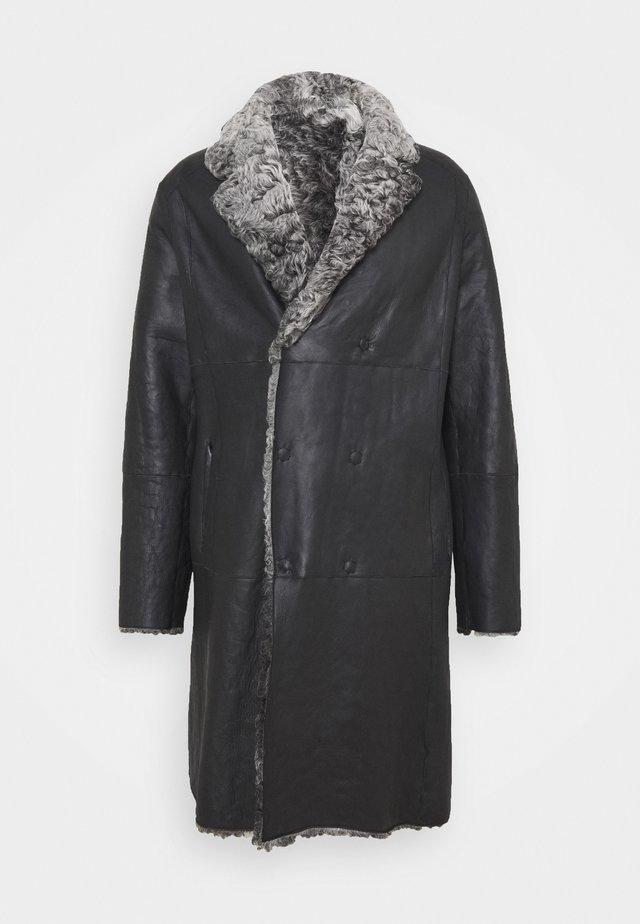Zimní kabát - grey