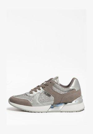 Sneakersy wysokie - silber