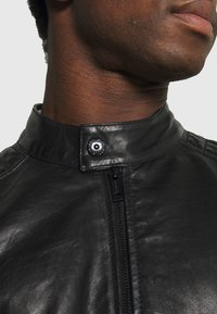 Strellson - DERRY - Kožená bunda - black - 4