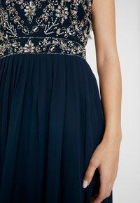 Lace & Beads Petite - ARNELLE DRESS - Robe de soirée - navy - 7