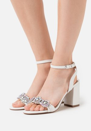 LARA - High Heel Sandalette - white