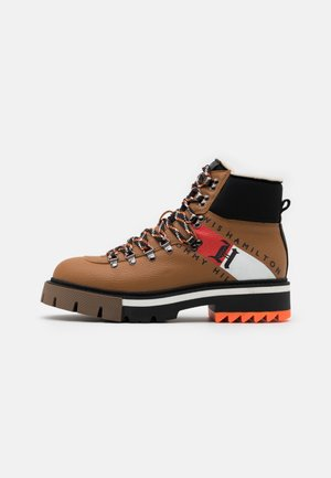CHUNKY BOOT - Bottines à lacets - summer cognac