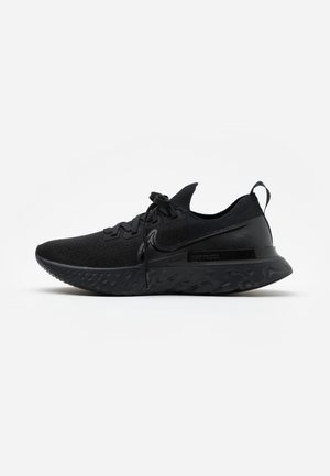 REACT INFINITY RUN FK - Nøytrale løpesko - black/white