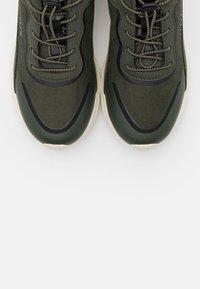 Esprit - Zapatillas - dark green - 5