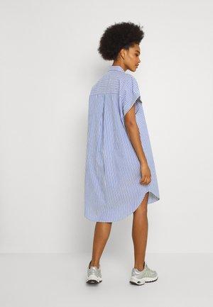 Shirt dress - blue bright summer stripe