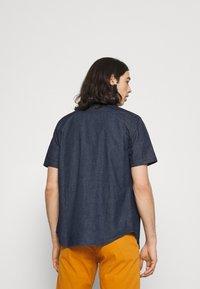 Levi's® - SUNSET - Shirt - dark indigo - 2