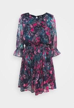 VMJACKIE SHORT DRESS - Sukienka letnia - navy blazer