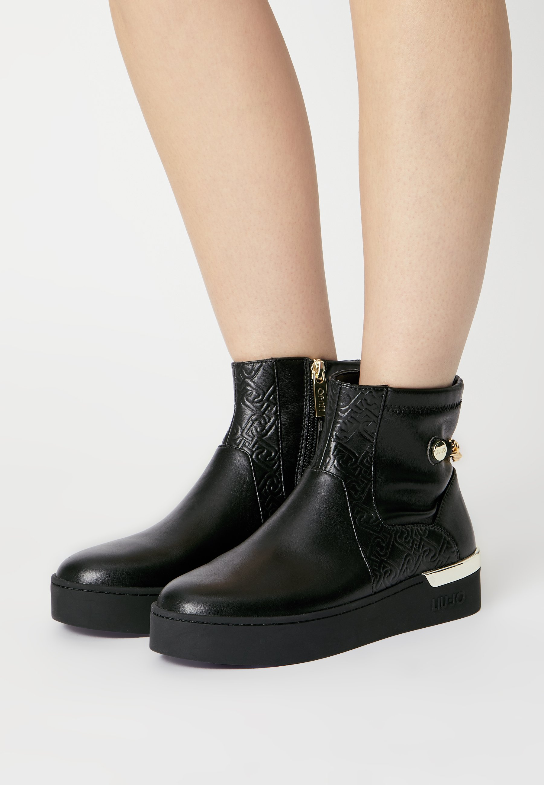 Women SILVIA - Classic ankle boots
