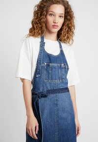 Pepe Jeans - DUA LIPA X PEPE JEANS - Denim dress - blue denim - 4