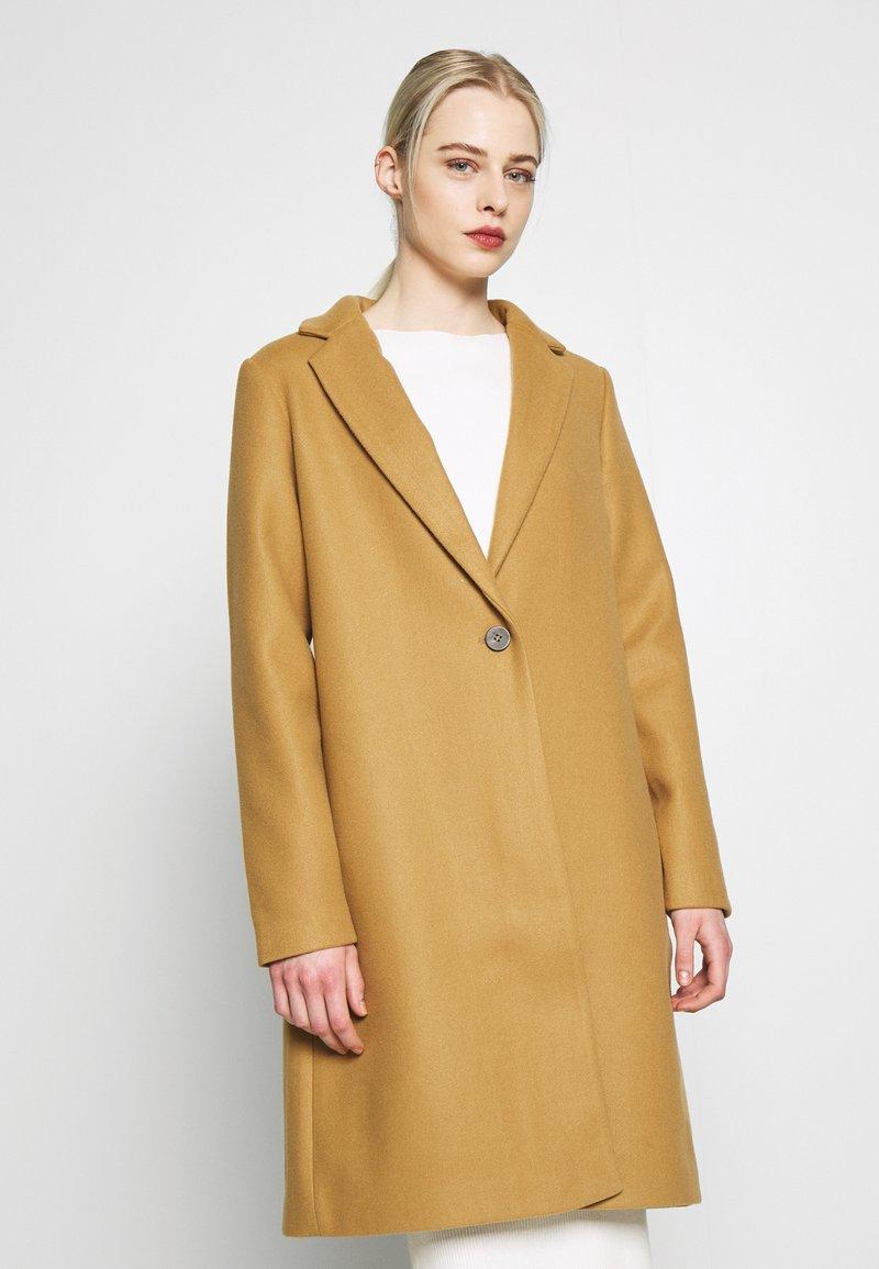 Vila - VICOOLEY NEW COAT - Zimní kabát - dusty camel