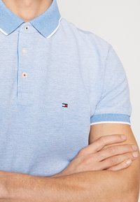 Tommy Hilfiger - COOL OXFORD REGULAR - Polo - blue - 5