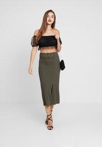 4th & Reckless - ARIANNA - Pencil skirt - khaki - 2