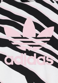 adidas Originals - HOODIE SET - Träningsset - black/white/clear pink - 6