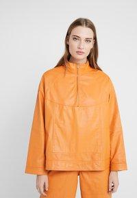 CLOSED - THEKLA - Leather jacket - mango - 0
