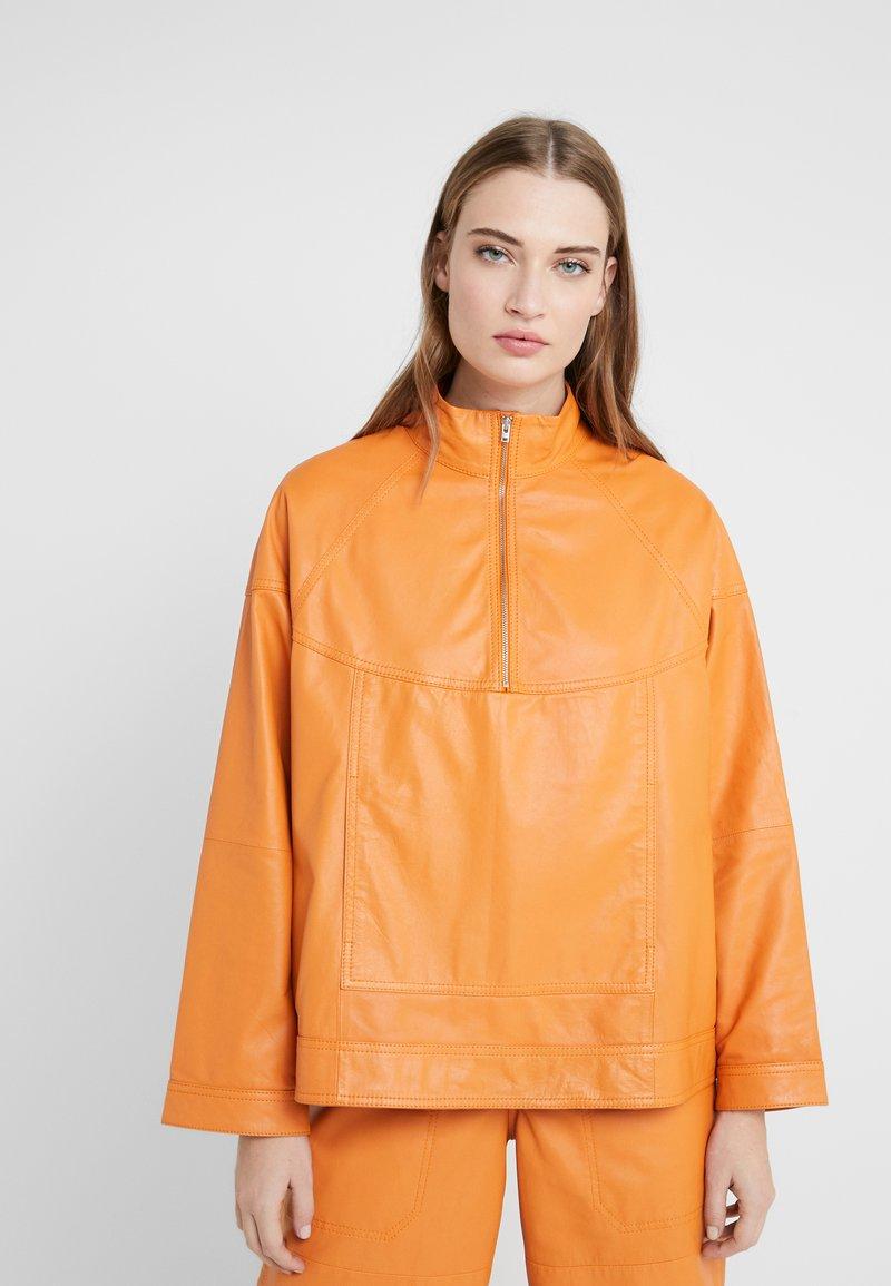 CLOSED - THEKLA - Leather jacket - mango