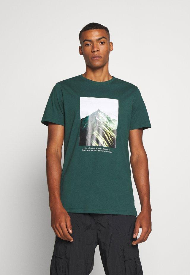 DANNY TEE - T-shirt imprimé - ponderosa pint