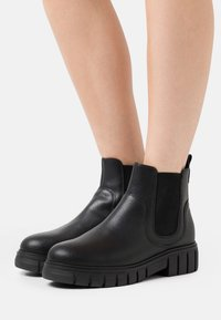 Shoe The Bear - REBEL CHELSEA - Ankle boots - black - 0
