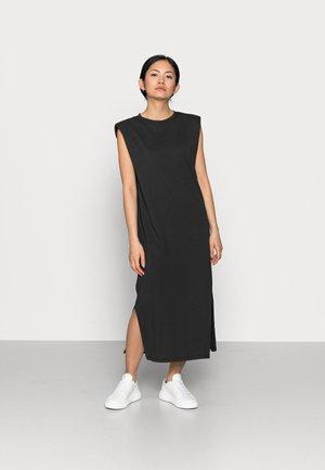 ONLSILLA LIFE DRES - Jersey dress - black