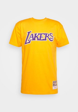 NBA LOS ANGELES LAKERS WORN LOGO WORDMARK TEE - Club wear - yellow