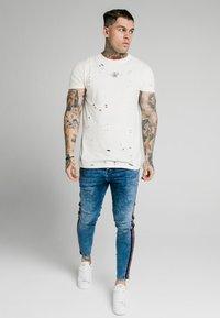 SIKSILK - Jeans Skinny Fit - midstone - 1