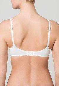 Hunkemöller - SUPER SOFT - T-shirt bra - white - 1
