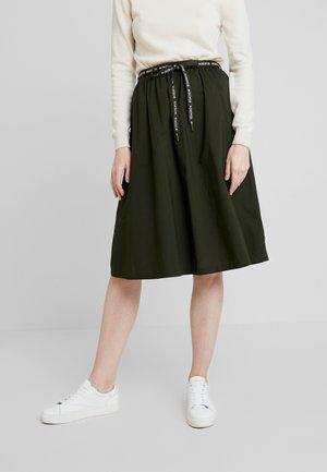 A-line skirt - action green