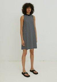 EDITED - ALEANA - Jersey dress - weiß - 0