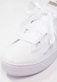 Puma - VIKKY PLATFORM RIBBON P - Sneakers laag - white - 6