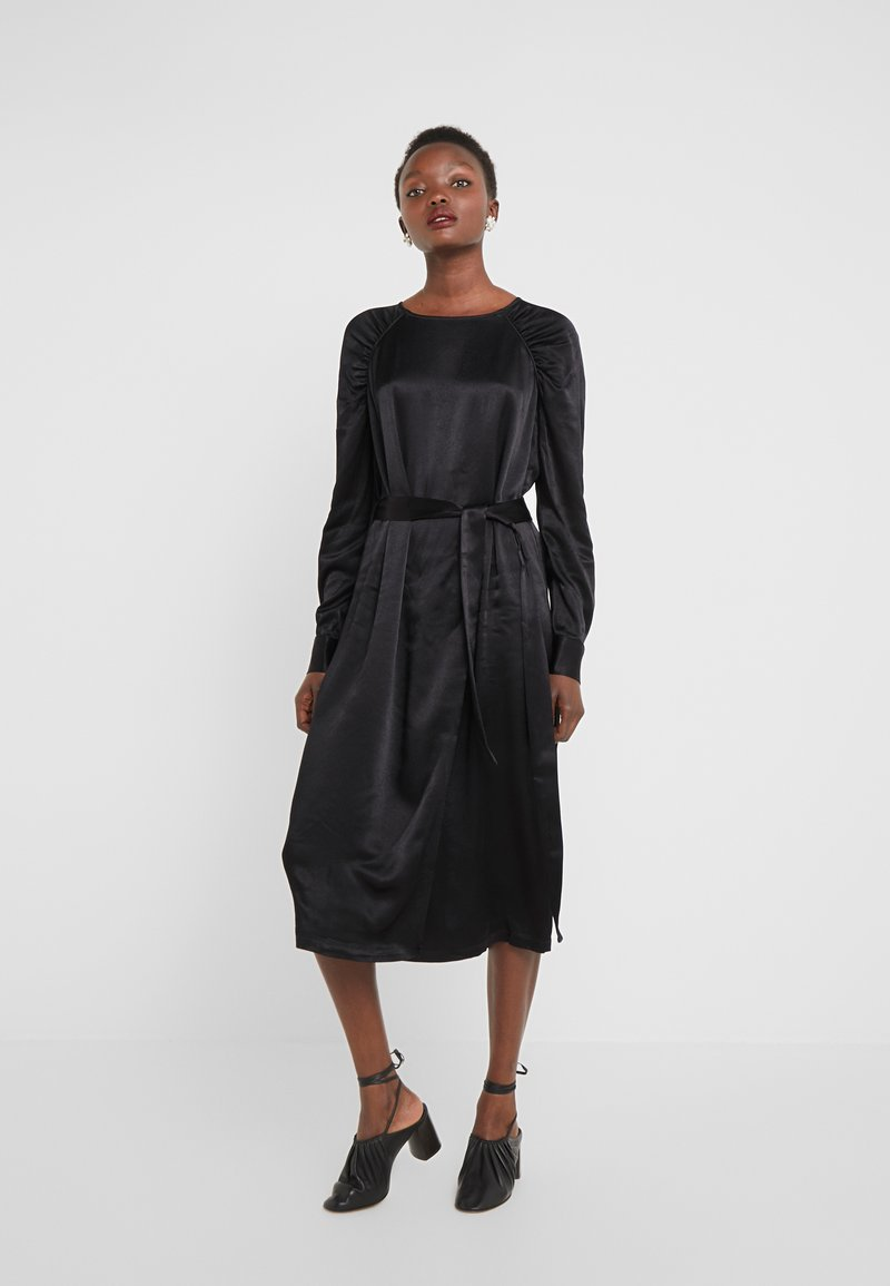 Bruuns Bazaar - PHILOSOPHY NILE DRESS - Koktejlové šaty/ šaty na párty - black