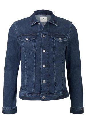 JACKEN & JACKETS JEANSJACKE IN TRUCKER-OPTIK - Denim jacket - mid stone wash denim