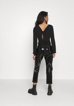 NMNORMA CROP - Long sleeved top - black