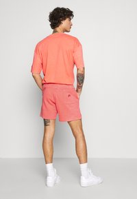 Nike Sportswear - WASH - Trainingsbroek - magic ember/sail - 2