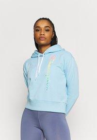 Champion - HOODED - Sweatshirt - light blue - 0