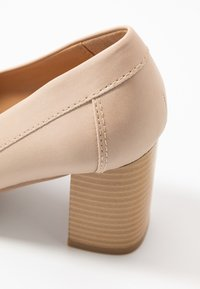 Wallis - CHARDONNAY - Classic heels - beige - 2