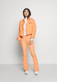 LOIS Jeans - TORERO  - Summer jacket - papaya - 1