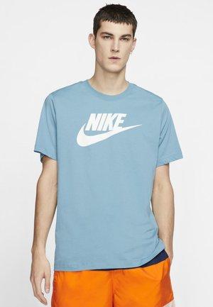 TEE ICON FUTURA - Print T-shirt - cerulean/white