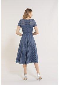 Swing - Day dress - vintage blue - 2