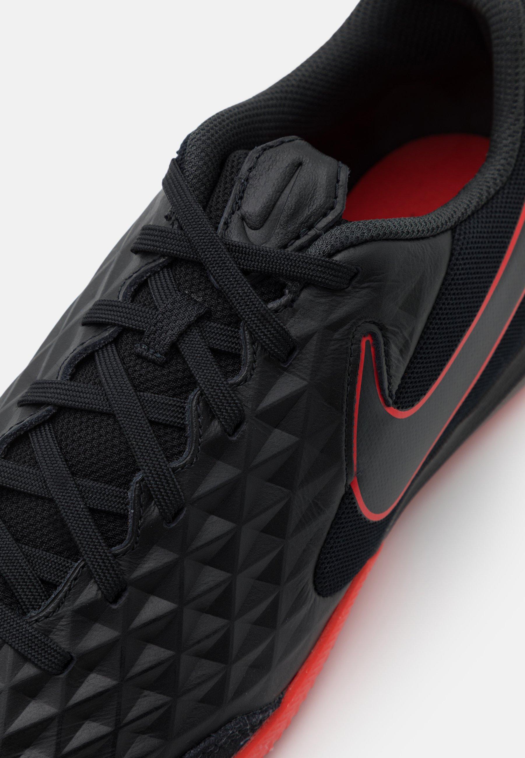Nike Performance TIEMPO LEGEND 8 ACADEMY IC Fotballsko