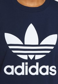 adidas Originals - TREFOIL TEE - T-shirt print - collegiate navy/white - 5