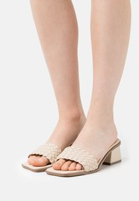 Nly by Nelly - BRAIDED SLIP IN - Heeled mules - creme - 0