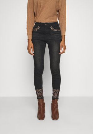 DENIM_FLOYER - Vaqueros slim fit - black denim