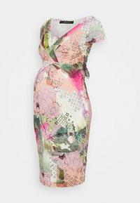 HOLLY NEW II - Sukienka etui - mottled light pink