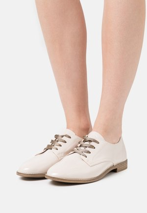 Šněrovací boty - cream