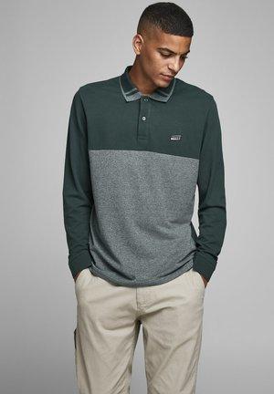 Polo shirt - darkest spruce