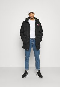 Tommy Jeans - STATEMENT - Down coat - black - 1