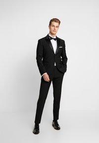 Cinque - CIFIDELIO TUX - Suit - black - 0