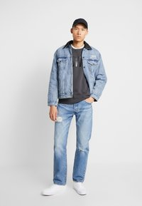 Levi's® - RVS PADDED TRUCKER - Giacca di jeans - surprise - 1